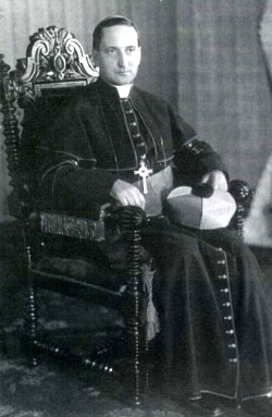 Mgr Courchesne